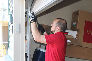Residential Garage Door Services in MN